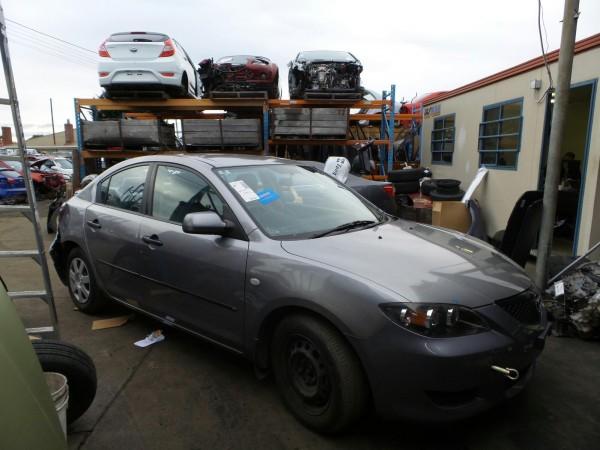 2005 BK Mazda 3