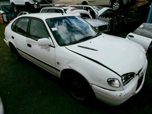 2000 AE112 Corolla